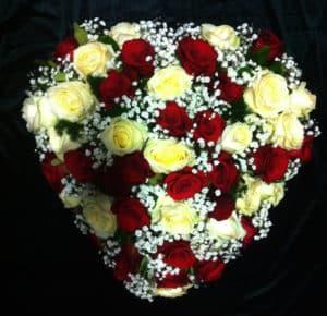 Composizione floreale funebre 4